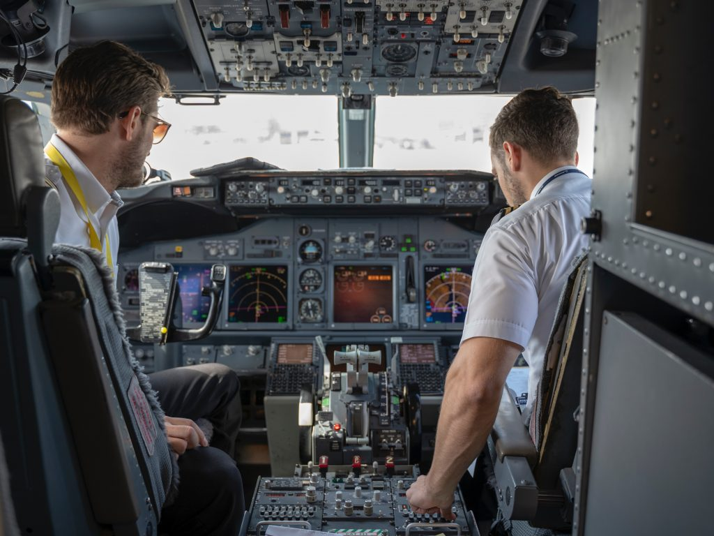 Cost to charter a turboprop plane